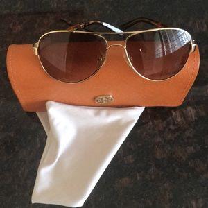 Tory Burch TY6010 brown gradient sunglasses. EUC